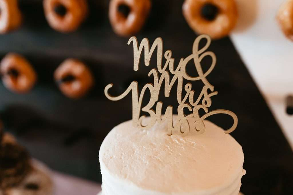 Cake topper at Riverhouse wedding