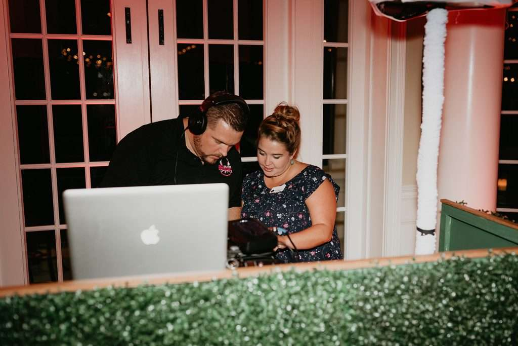 Party Solution Entertainment at River House wedding