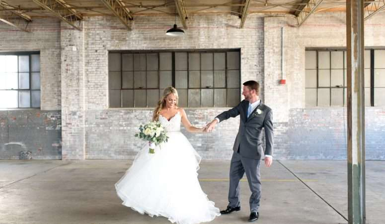 Carly + Nathan | The Glass Factory | Jacksonville Wedding Planner | The Eventful Gals